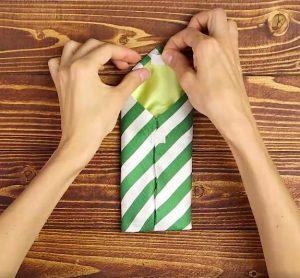 Etui na telefon z krawata